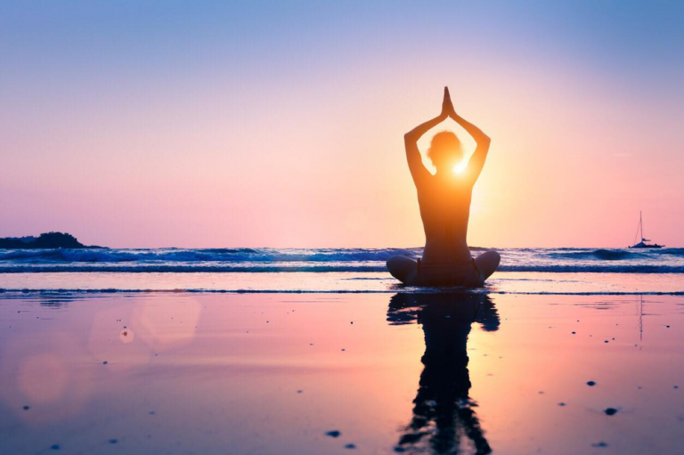 5 Benefits of Early Morning Yoga Practice